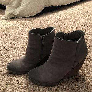 volatile heeled booties